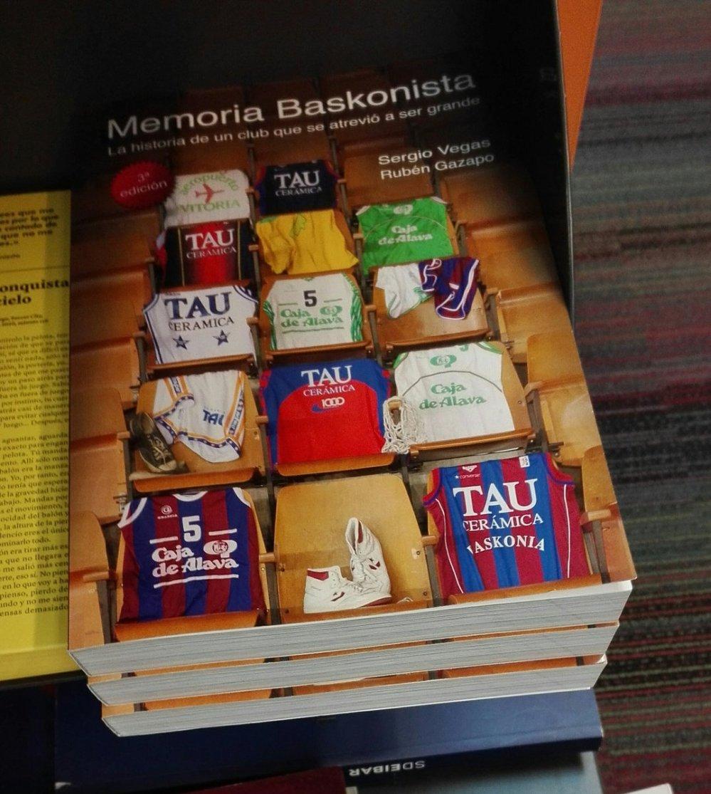 """EL LIBRO MEMORIA BASKONISTA. """"Sorteo por el sexto aniversario"""" - Página 5 Memoria-baskonistaelkarnavidad2015"""
